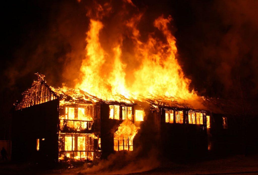 Ứng dụng thiết bị cảnh báo cháy sớm đáp ứng yêu cầu phát triển công nghiệp 4.0